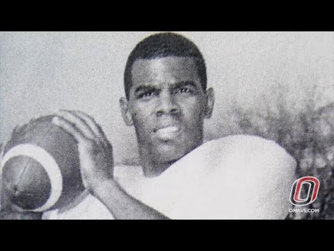 Marlin Briscoe: 2016 CFB Hall of Fame Tribute