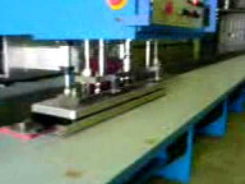 M quinas para fabrica o de toldos procurado pra agente for Maquinas para toldos enrollables