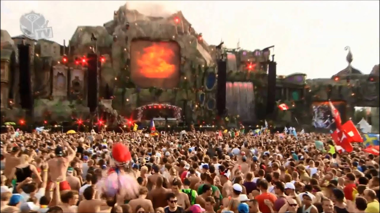 Knife party live stage