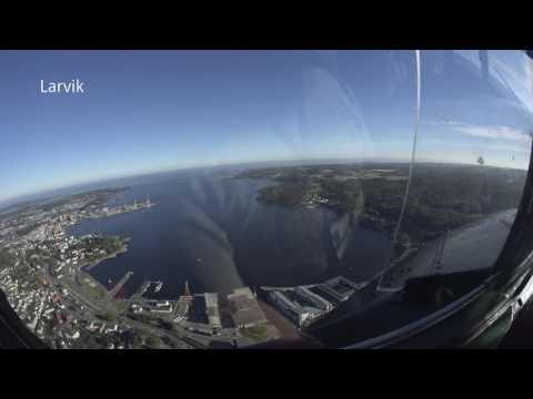 Rundflygning over Vestfold med DC3 Dakota Norway fra Torp