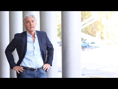 """Massimo Giletti, il conduttore televisivo racconta delle donne e il """"burqa sociale"""""""