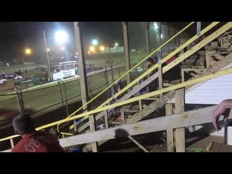 Belle-Clair Speedway May 11, 2018 Purestock Feature