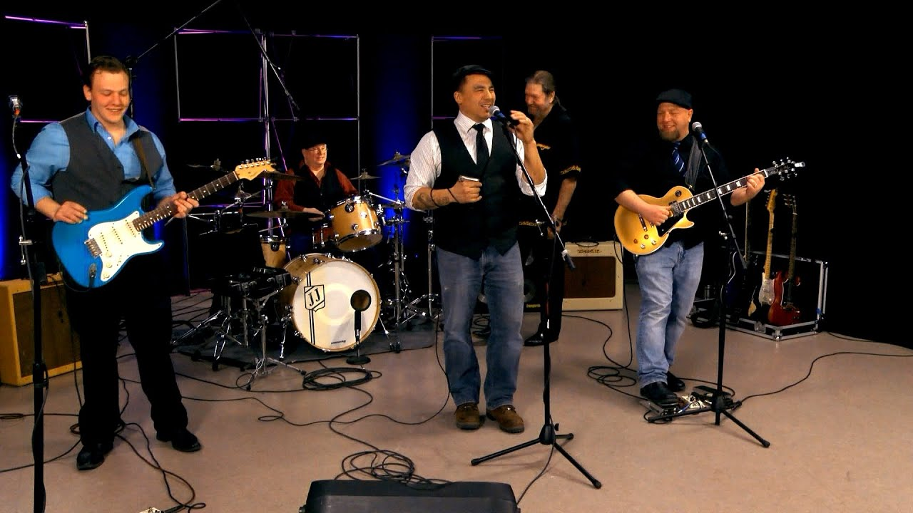 Maxwell mojo blues band blues makers soundstage youtube for Mojo makers
