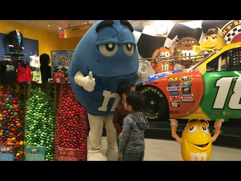 M & M World Store In Las Vegas With Kids Family Fun Playtime Video for Kids Travel Road Map