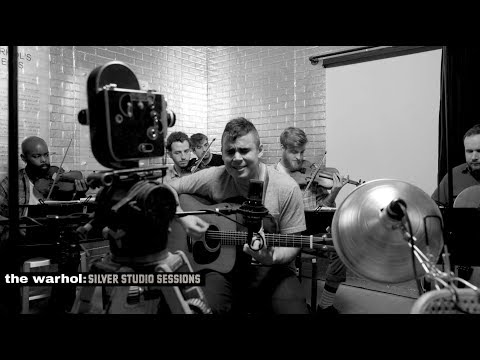 """Rostam - """"Gwan"""" / """"Pink Moon"""" [Live at The Andy Warhol Museum Silver Studios Sessions]"""