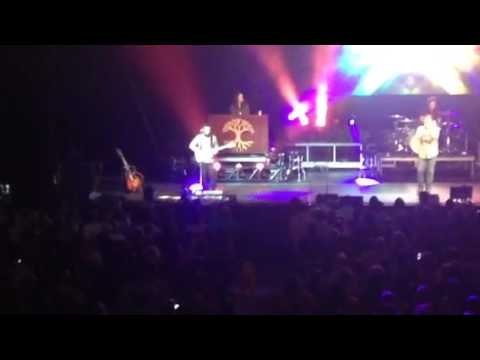 Casting Crowns- Leave It All Behind (Come To The Well) Live