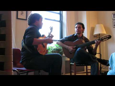 Ingenuo performed by Tim Connell & Cesar Garabini mp3