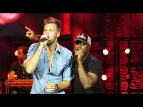 """Darius Rucker & Charles Kelly """"Straight To Hell"""" Live @ BB&T Pavilion,"""