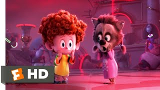Hotel Transylvania 3: Summer Vacation - The Kraken Attacks Scene | Fandango Family
