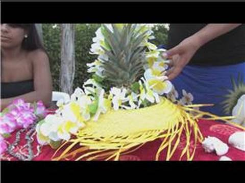 how to make luau decorations
