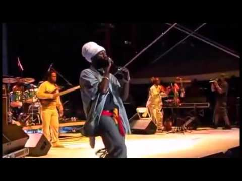 SIZZLA KOLANJI PERFORMING LIVE IN MIAMI
