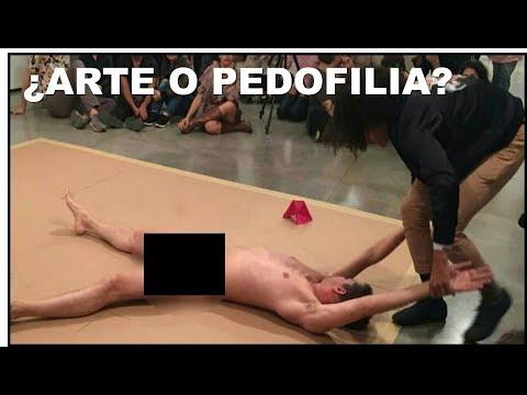 ¿ARTE O ABUSO INFANTIL Obligan a niña a tocar a hombre desnudo