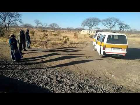 Tshova Mubaiwa lending a helping hand by Sukoluhle Sibindi