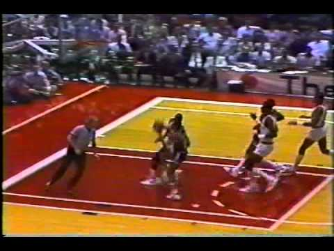 1980s Utah Jazz Point Guard Rickey Green showing off his speed