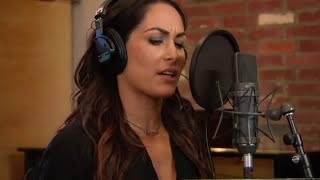 Total Divas Season 4, Episode 8 Clip: Brie Bella tests out her singing chops