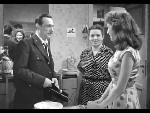 Le ragazze di Piazza di Spagna. (1952) con Lucia Bosè, Cosetta Greco._ Film Completo Italiano