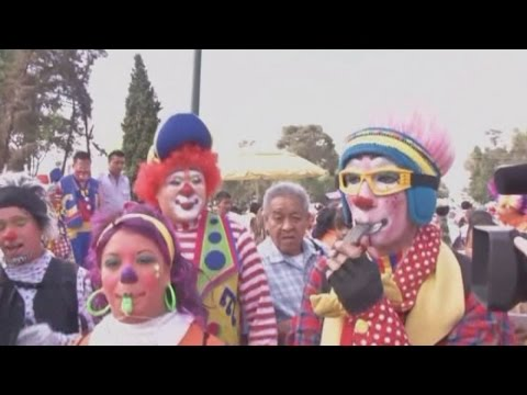 Clowning around: Clowns make annual pilgrimage to Mexico City
