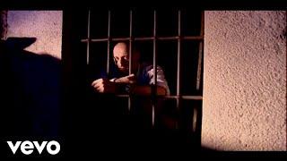 Ilegales - Motín en la Prisión