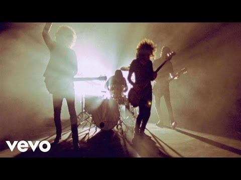 Клип Wolfmother - New Moon Rising