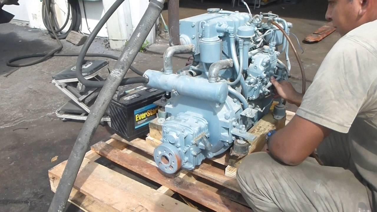 Isuzu Sailboat Diesel engine and transmission Model: 2AB1 25 HP