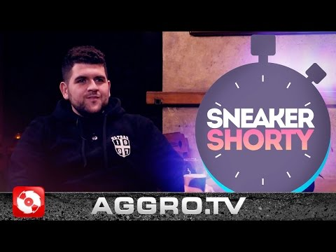 VEGA - SNEAKER SHORTY - TURNSCHUH.TV (OFFICIAL HD VERSION AGGROTV)