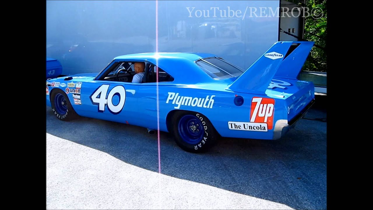 Richard Petty 40 Nascar Superbird Youtube