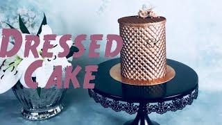 Dressed cake, chocolate cake