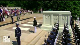 Watch President Obama lay a wreath at the Tomb of the Unknowns