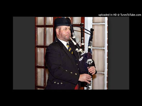 Bagpiper North West UK   Bagpiper North West England