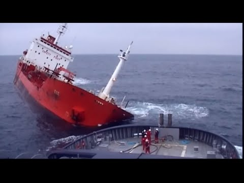 A CONTESTER Maritime search and rescue - Documentary