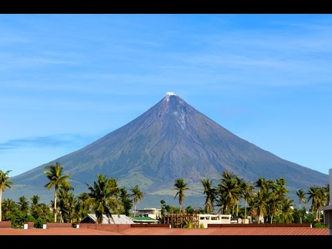 Mayon Volcano, Cagsawa Ruins, Philippines