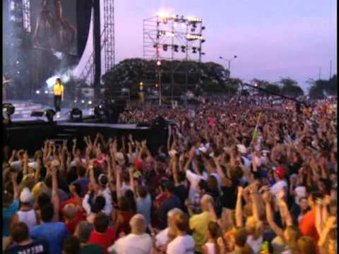 "Download Shania Twain Live in Chcago ""Man! I Feel Like A Woman"" *High Quality*"