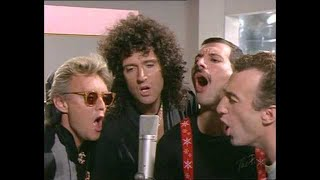 Queen - One Vision (Extended) 1985 [Official Video] thumbnail