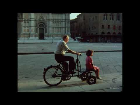Bologna - di Bernardo Bertolucci e Giuseppe Bertolucci (1989)