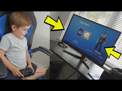 TRUMAnn Gives *4 YEAR OLD KID* EPIC *ROYALE BOMBER* & 500 FREE V-Bucks. (Fortnite)