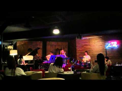 [Ted 2 OST] _ Mean Ol' Moon - Uncommon Project (언커먼 프로젝트) / Amanda Seyfried Ver.