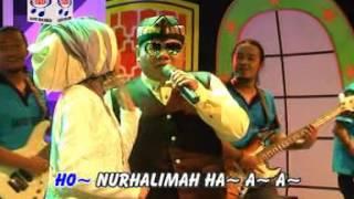 Video Ega Feat Subro - Asam Digunung Garam Di Laut ( Official Musik Video ) download MP3, 3GP, MP4, WEBM, AVI, FLV Oktober 2017