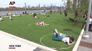 Circles enforce social distancing in NYC park