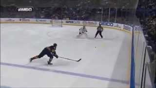 Marcus Foligno Nails Hutton
