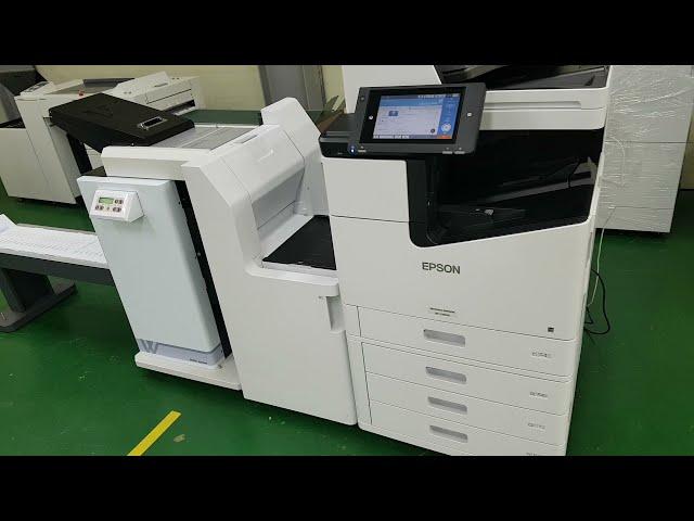 Epson en alta producción,  imprimiendo sobres