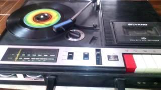 """Video Cumbia con Arpa - Hugo Blanco 45 rpm 7"""" (Silvano 3 en 1 Turntable) download MP3, 3GP, MP4, WEBM, AVI, FLV Oktober 2018"""