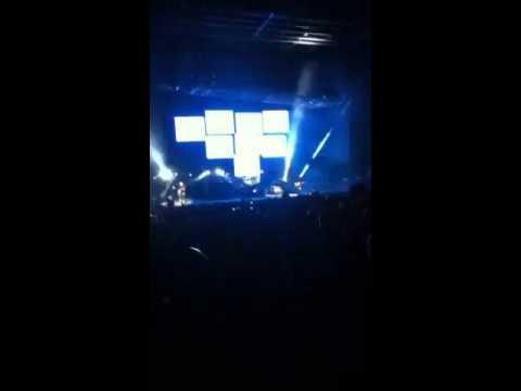 Violence Honda Civic Tour blink-182 live +Travis B...