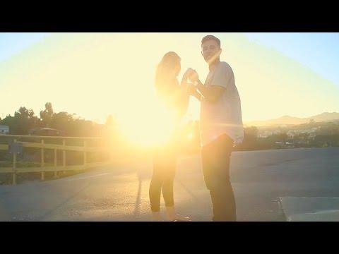 Hailee Steinfeld & Grey feat. ZEDD -...