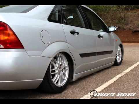 No Molas Club - Destaque: Ford Focus Sedan Ghia