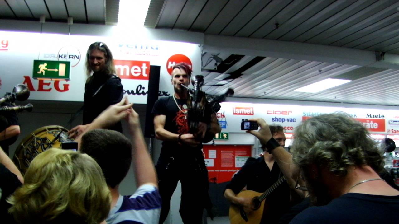 Saltatio Mortis - MediaMarkt Kaiserslautern 01.09.11 - Part 1 von 2