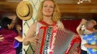 ISABELLE LEPINAY - Coucou Musette (Valse) 2002 (Accordéon).avi