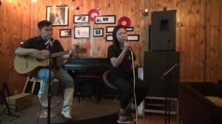 Tự nguyện - Thu Uyên [Đêm nhạc tối thứ ba hàng tuần - Xương Rồng Coffee & Acoustic]