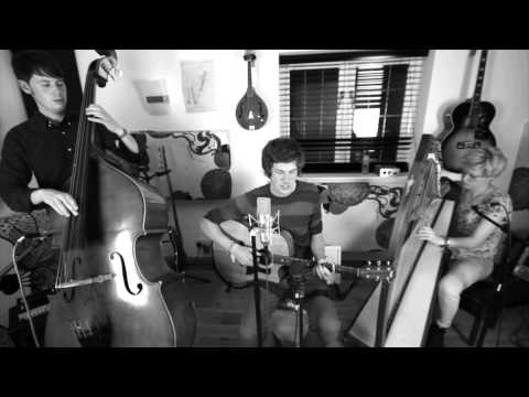 Gerard and The Watchmen - Monochrome (Folk Radio UK Session) mp3
