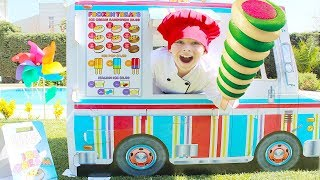 Ali in ice cream truck pretend play selling İce Cream