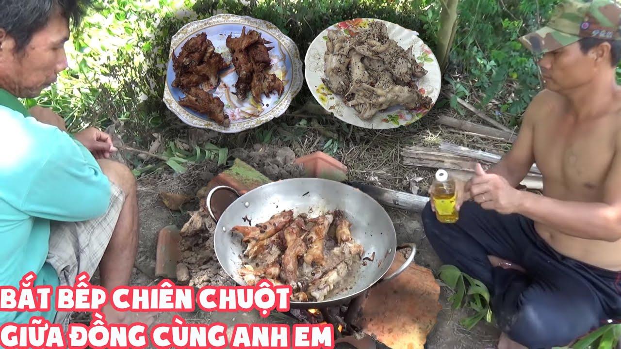 Bắt Bếp Than Chiên Chuột Giữa Đồng, Buổi Cơm Trưa Vui Vẻ Cùng Anh Em Tú Bắt Chuột -T149